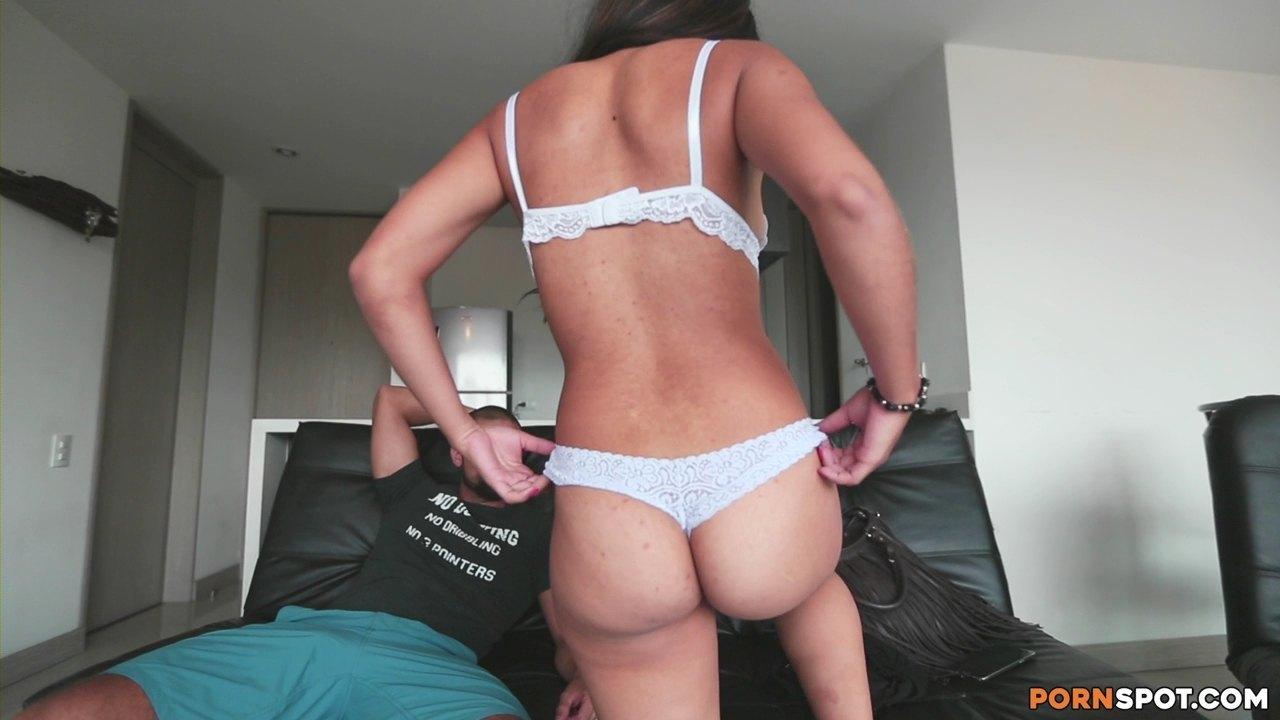 Colombiana Ass 47