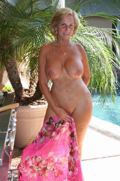 Heavily nude tattooed women-4705