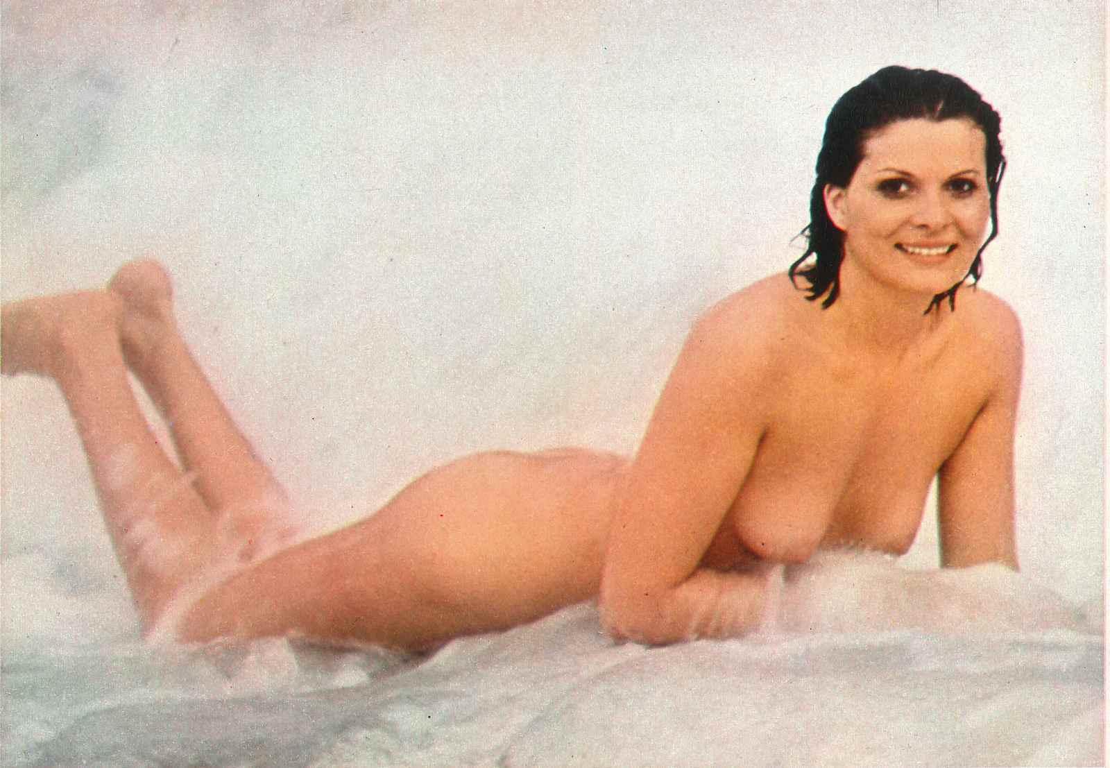 Jennete mcurdy nudes