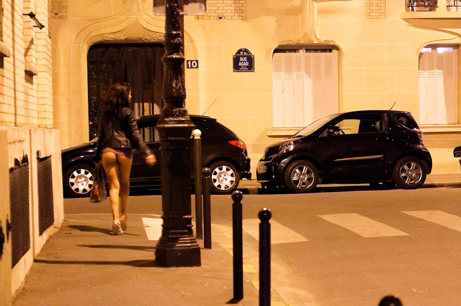 Фото шлюх на улицах, Снял на улице проститутку порно фото бесплатно на 17 фотография