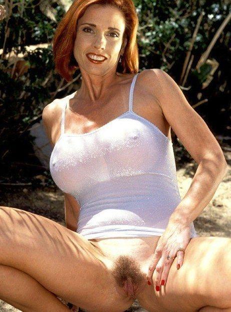 Marilyn 42 años re puta le gusta la pija por todos lados