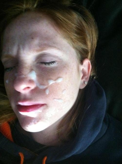 Madonna con semen en su cara