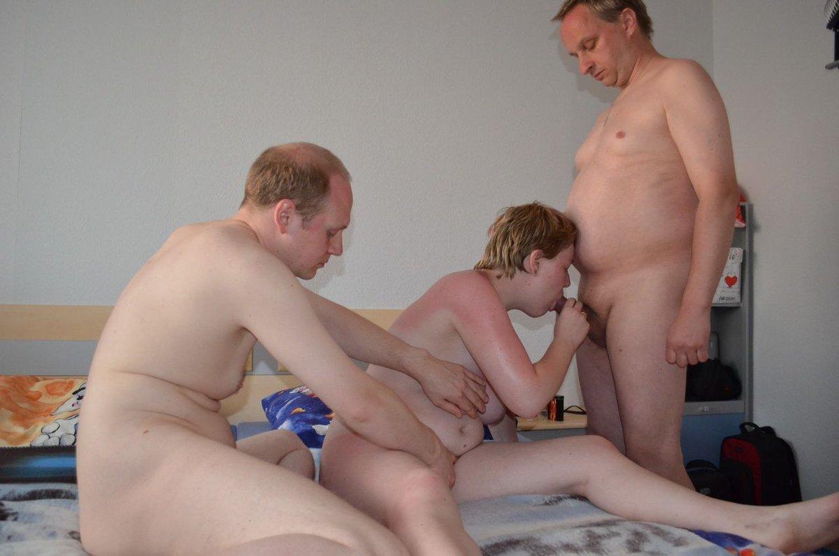 жена друга семьи порно заправляя