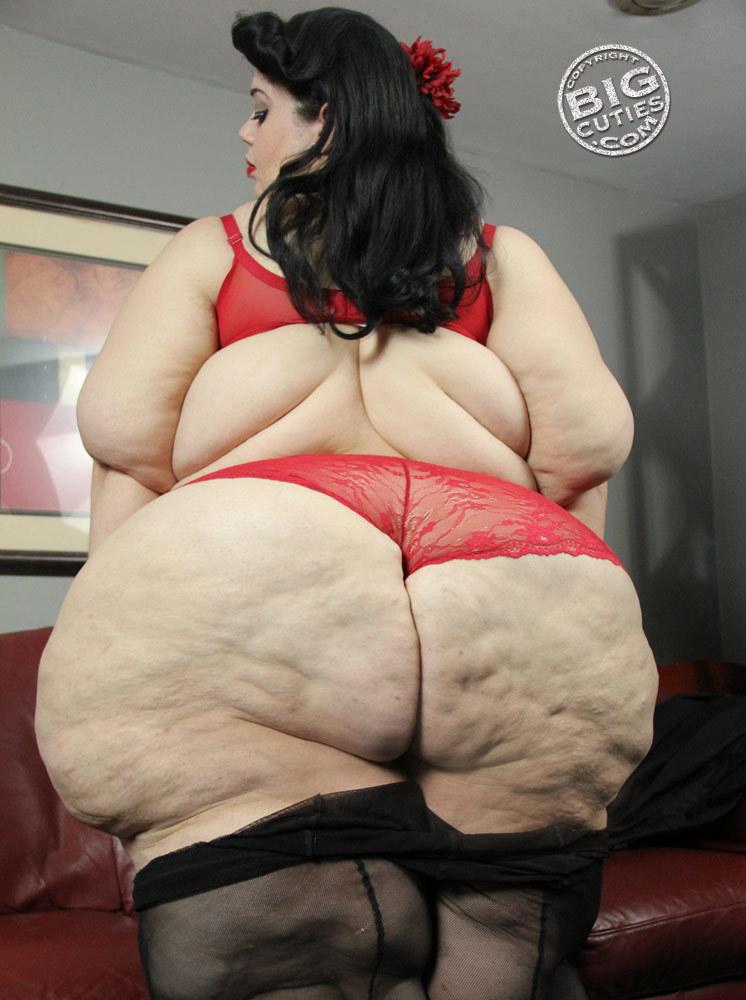 Giant ebony boob videos