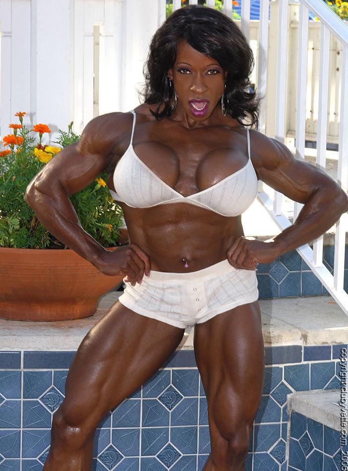 Negra musculosa supertetona 17