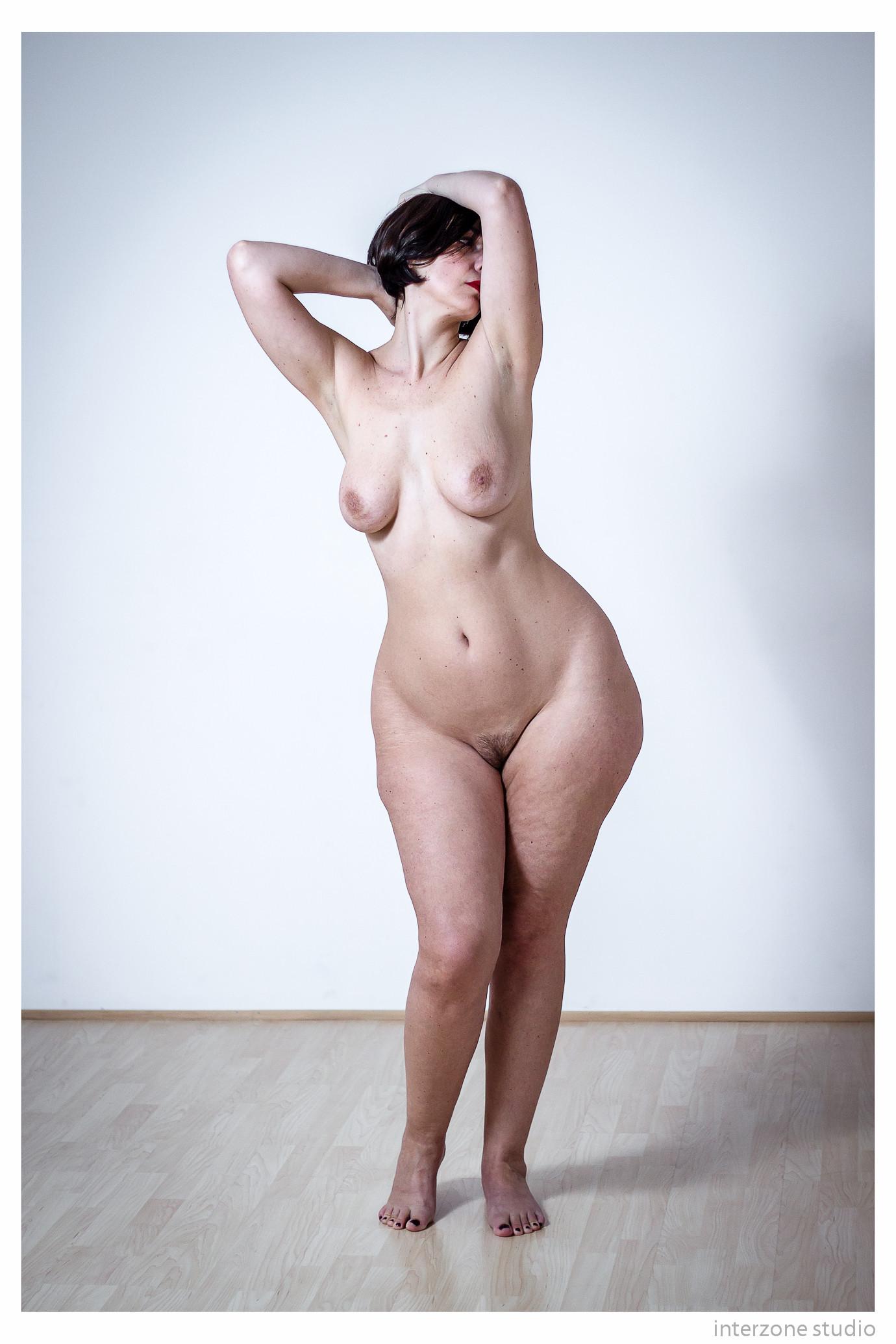 Big hip nude images — img 12