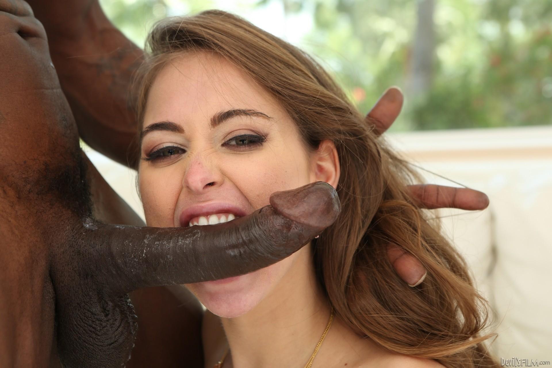 порно видео с riley reid