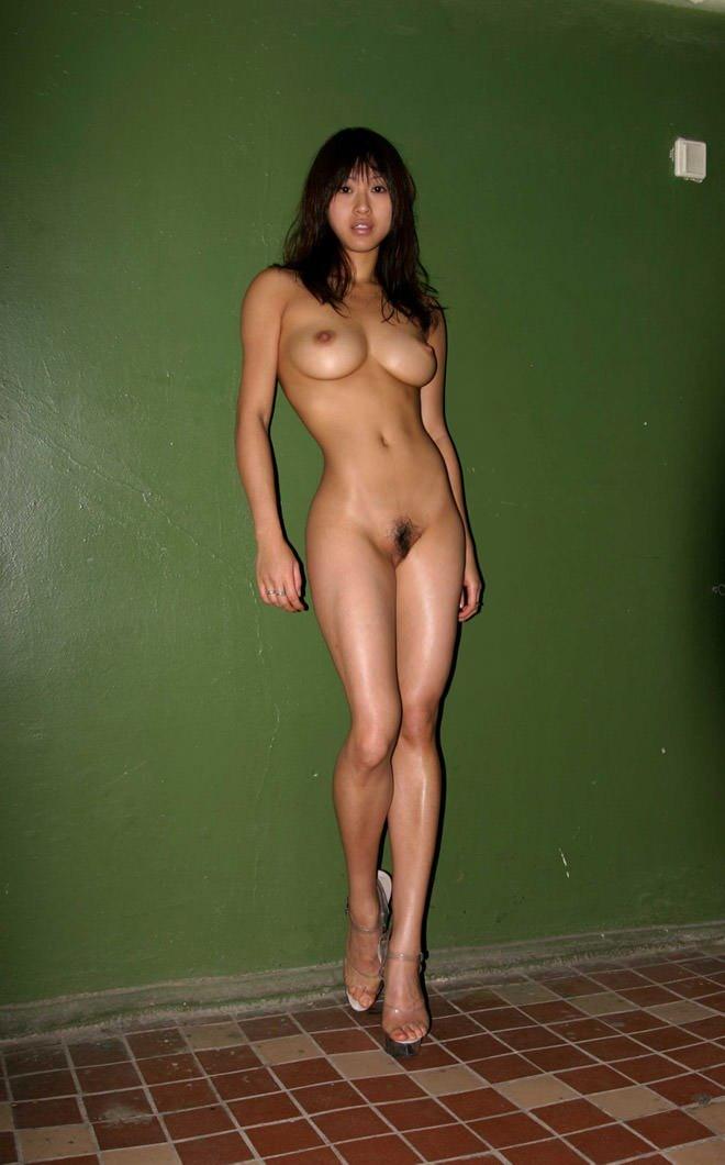 Seleccion de hermosas modelos amateur desnudas