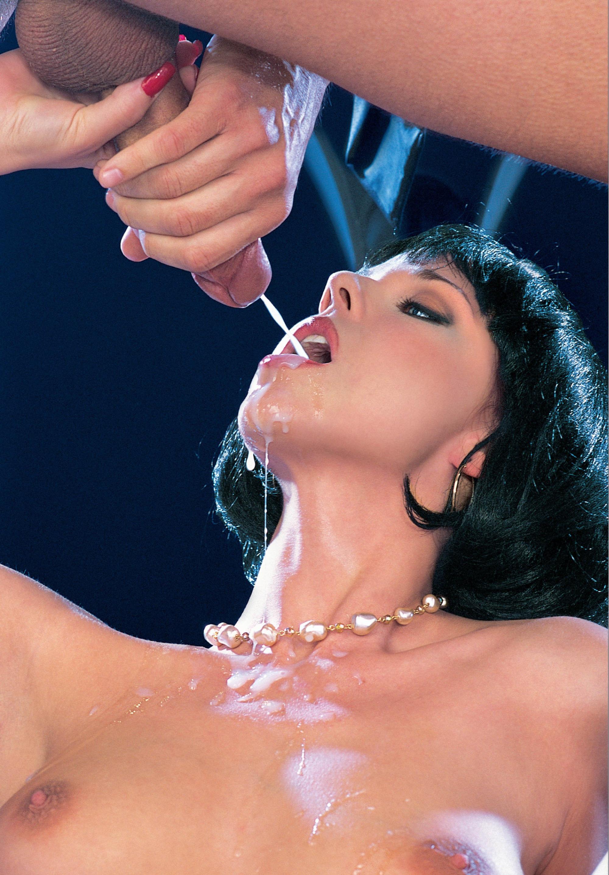 A tomar la leche! acabadas en la boca.